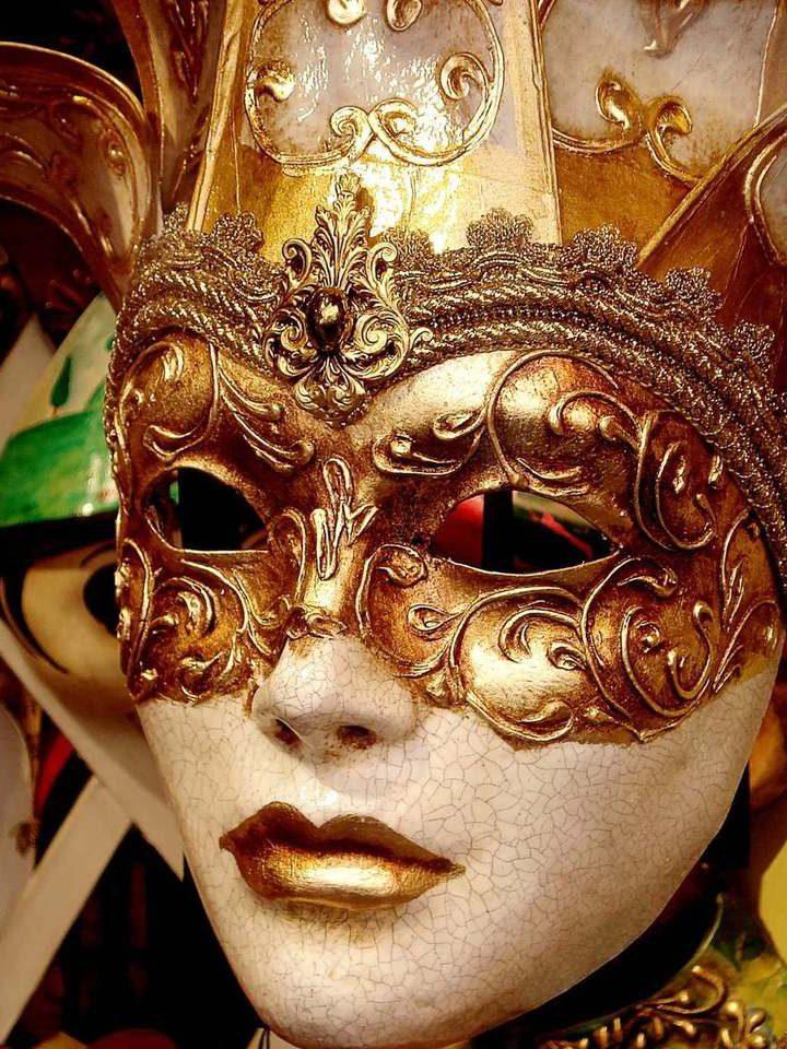 Słynny duet Dolce &Gabbana – propozycja dla odważnych kobiet